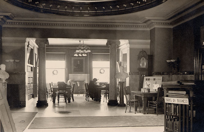 East Reading Room, Winter 1914-1915.